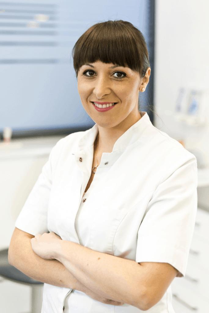 Dr n. med. Karolina Gruca-Stryjak
