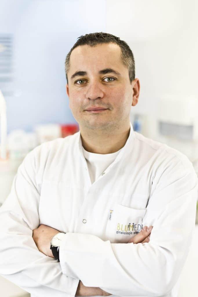 Maciej Okła chirurg stomatologiczny