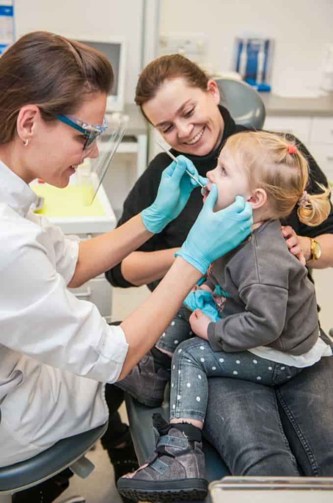 jak wybrać dobrego stomatologa